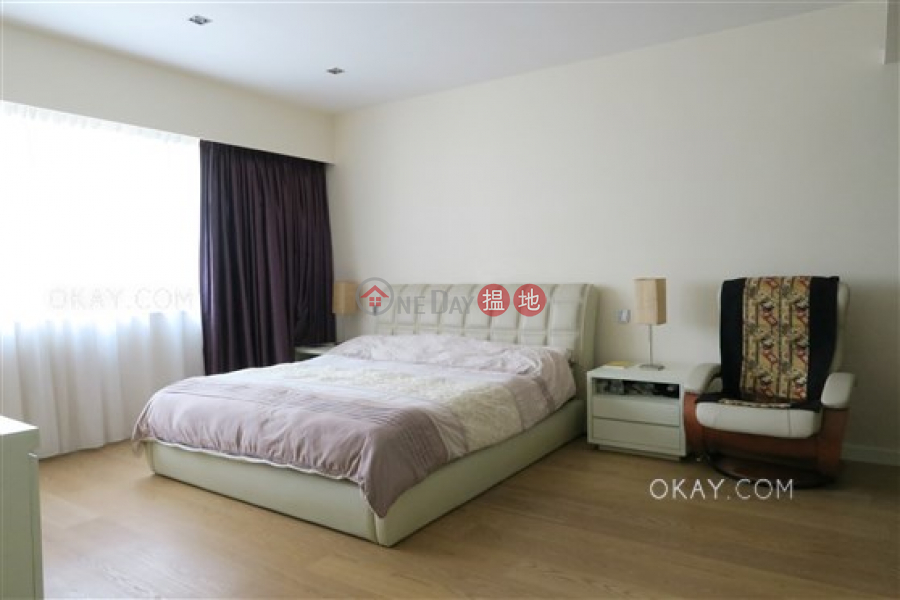 HK$ 60M Babington House, Western District | Efficient 5 bedroom with balcony & parking | For Sale