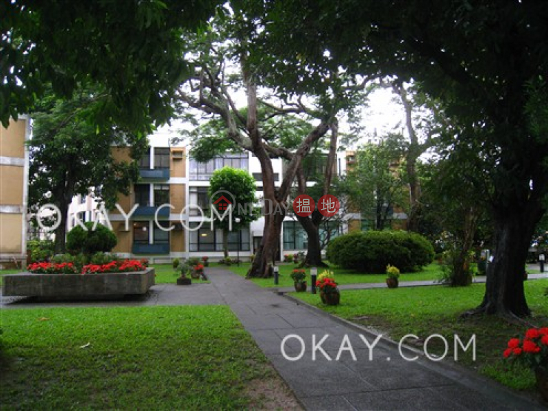 Stylish 3 bedroom with terrace & parking | Rental | Country Villa 翠谷別墅 Rental Listings