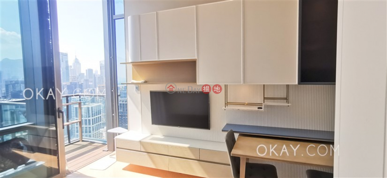 HK$ 35,000/ month Jones Hive, Wan Chai District, Stylish 2 bed on high floor with harbour views | Rental