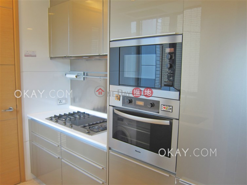 HK$ 43,000/ month | Larvotto, Southern District Lovely 2 bed on high floor with harbour views & balcony | Rental