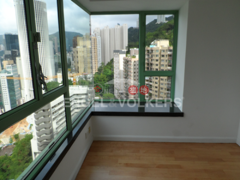 3 Bedroom Family Flat for Sale in Wan Chai | Royal Court 皇朝閣 Sales Listings