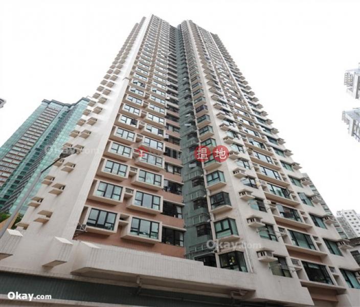 HK$ 26,000/ month, Dawning Height | Central District, Tasteful 2 bedroom on high floor | Rental