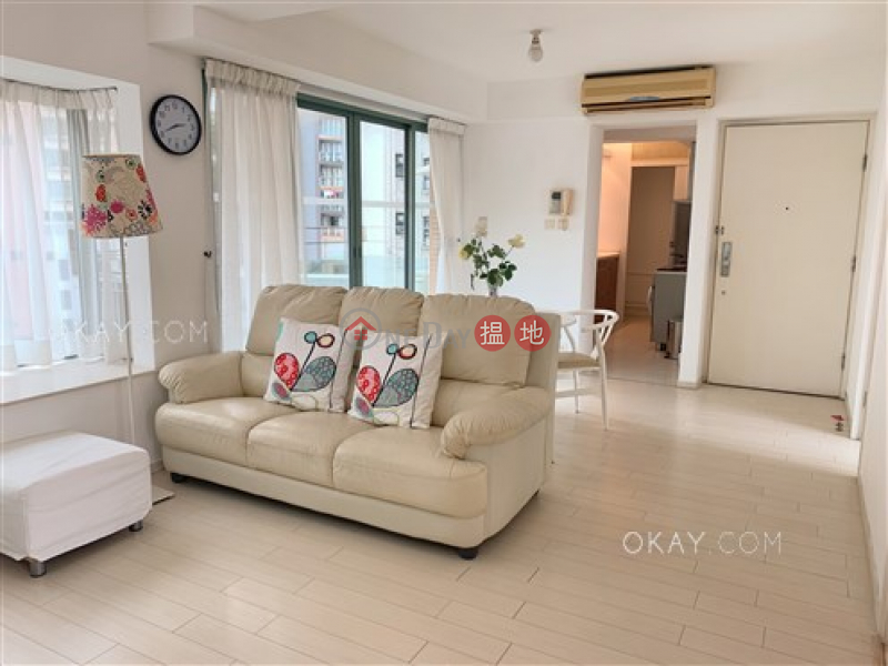 HK$ 19.9M, Jardine Summit, Wan Chai District, Luxurious 3 bedroom with balcony & parking | For Sale