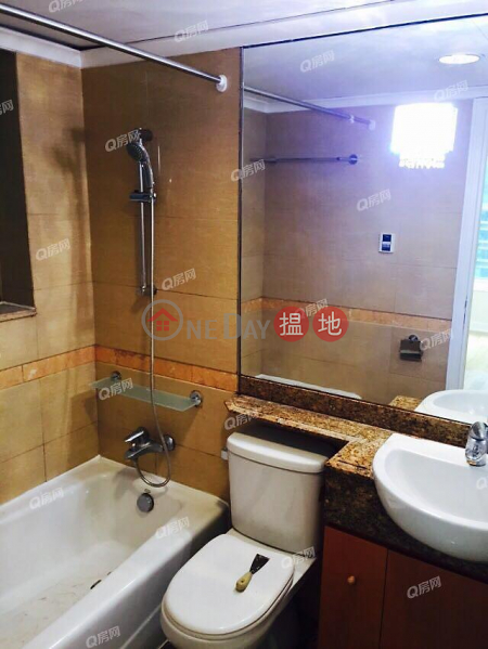 HK$ 13.8M Banyan Garden Tower 6 Cheung Sha Wan, Banyan Garden Tower 6 | 3 bedroom Mid Floor Flat for Sale