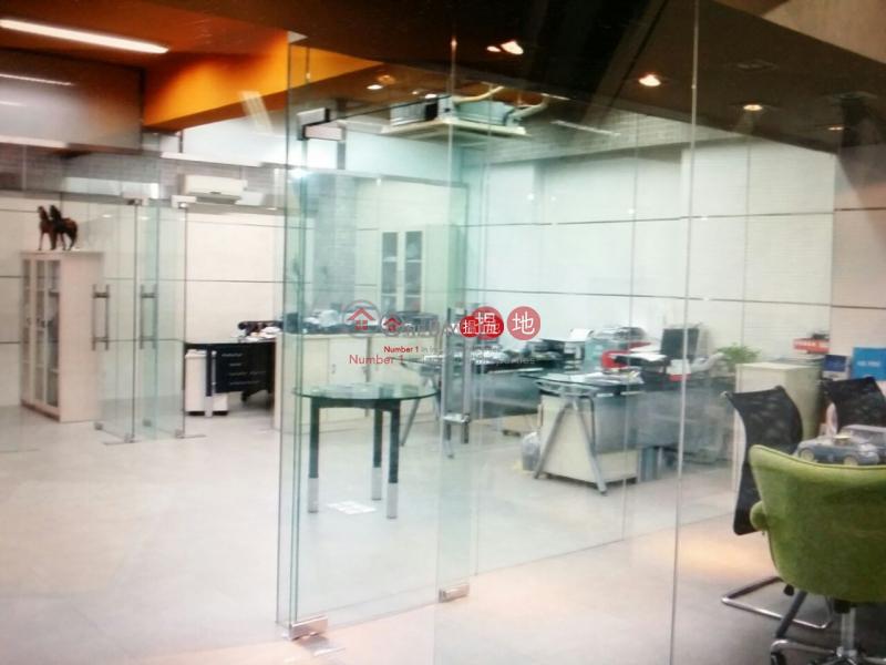 特色單位大平台|葵青裕林第3工業大廈(Yee Lim Industrial Building Stage 3)出租樓盤 (poonc-04365)