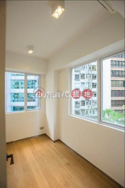 Property Search Hong Kong | OneDay | Residential | Sales Listings 2 Bedroom Flat for Sale in Sheung Wan