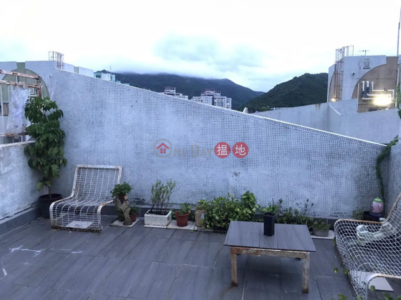 HK$ 13,000/ month, Block A Phase 1 Fanling Centre   Fanling, Top Floor, with full furniture
