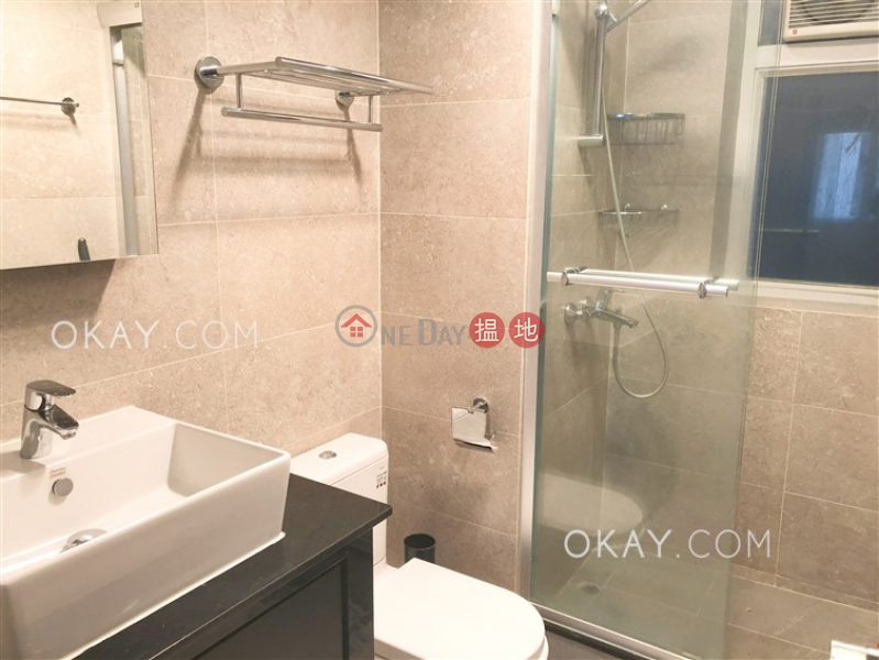 Gorgeous 2 bedroom with balcony | Rental | 23 Seymour Road | Western District | Hong Kong | Rental | HK$ 40,000/ month