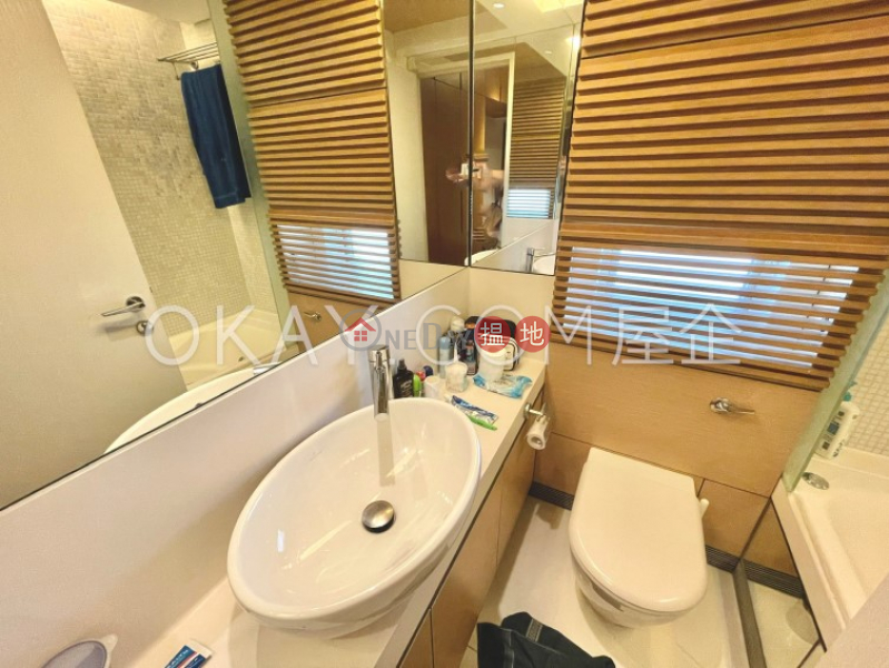 Gorgeous 3 bedroom with balcony | Rental, Centrestage 聚賢居 Rental Listings | Central District (OKAY-R68824)