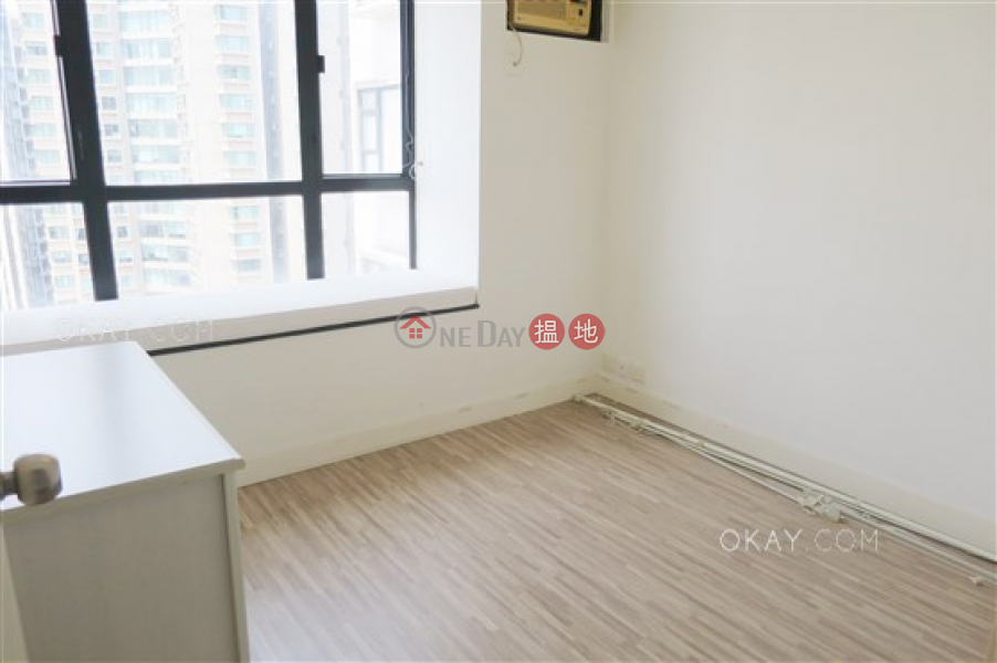 HK$ 20.5M Valiant Park, Western District Stylish 3 bedroom on high floor with parking | For Sale