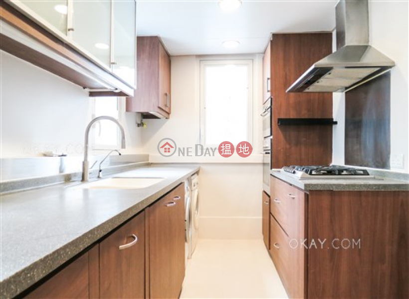 Property Search Hong Kong | OneDay | Residential Sales Listings | Charming 2 bedroom on high floor with rooftop | For Sale