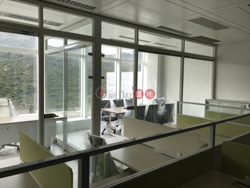 W50-50黃竹坑道   南區香港出租HK$ 35,000/ 月