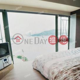 Tower 9 Island Resort | 3 bedroom Mid Floor Flat for Sale
