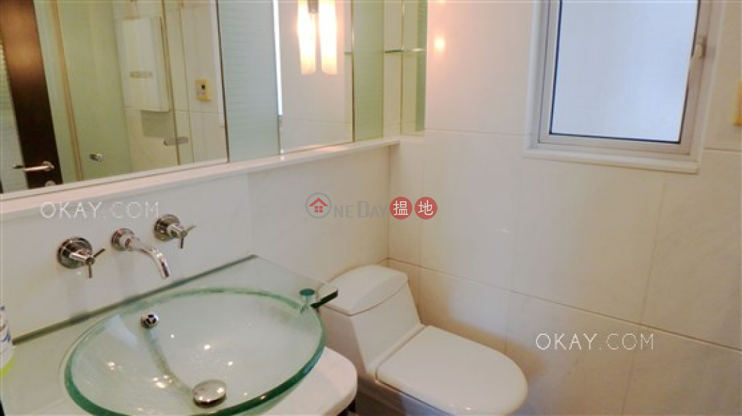 Stylish 2 bedroom in Kowloon Station | For Sale | The Harbourside Tower 2 君臨天下2座 Sales Listings