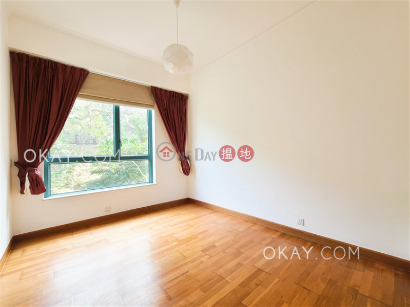 Exquisite house with rooftop, balcony   Rental   Phase 1 Regalia Bay 富豪海灣1期 Rental Listings