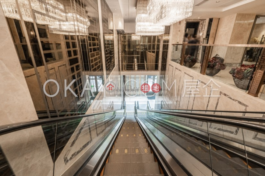 HK$ 18M   The Avenue Tower 1, Wan Chai District, Lovely 2 bedroom with balcony   For Sale