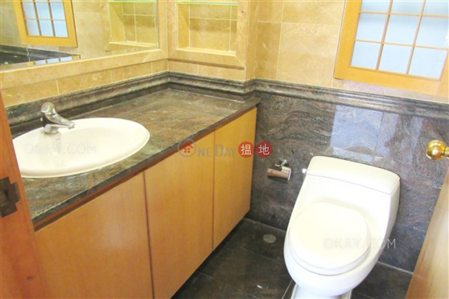 HK$ 97,000/ 月榕蔭園|南區|3房3廁,實用率高,連車位,獨立屋《榕蔭園出租單位》