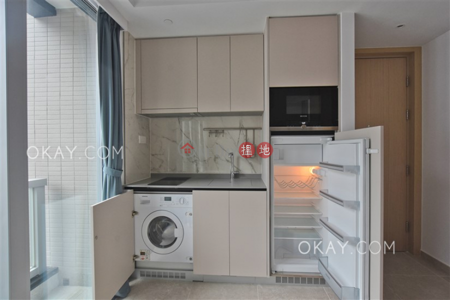 Charming high floor with balcony | Rental, 8 Hing Hon Road | Western District, Hong Kong Rental HK$ 25,500/ month