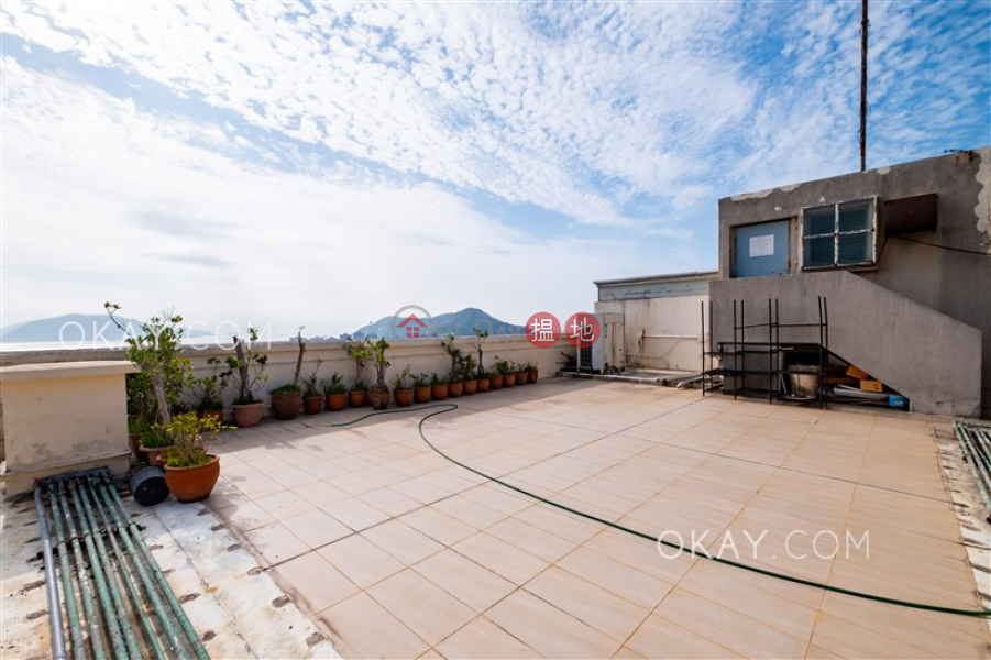 HK$ 73M | Faber Court | Southern District Efficient 3 bed on high floor with sea views & rooftop | For Sale