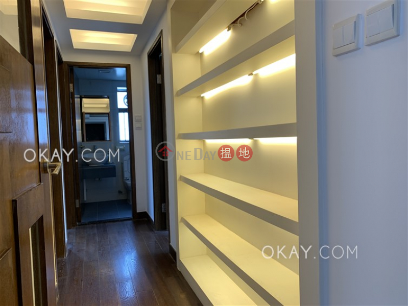 HK$ 30M, Braemar Hill Mansions Eastern District Efficient 3 bedroom with balcony & parking | For Sale