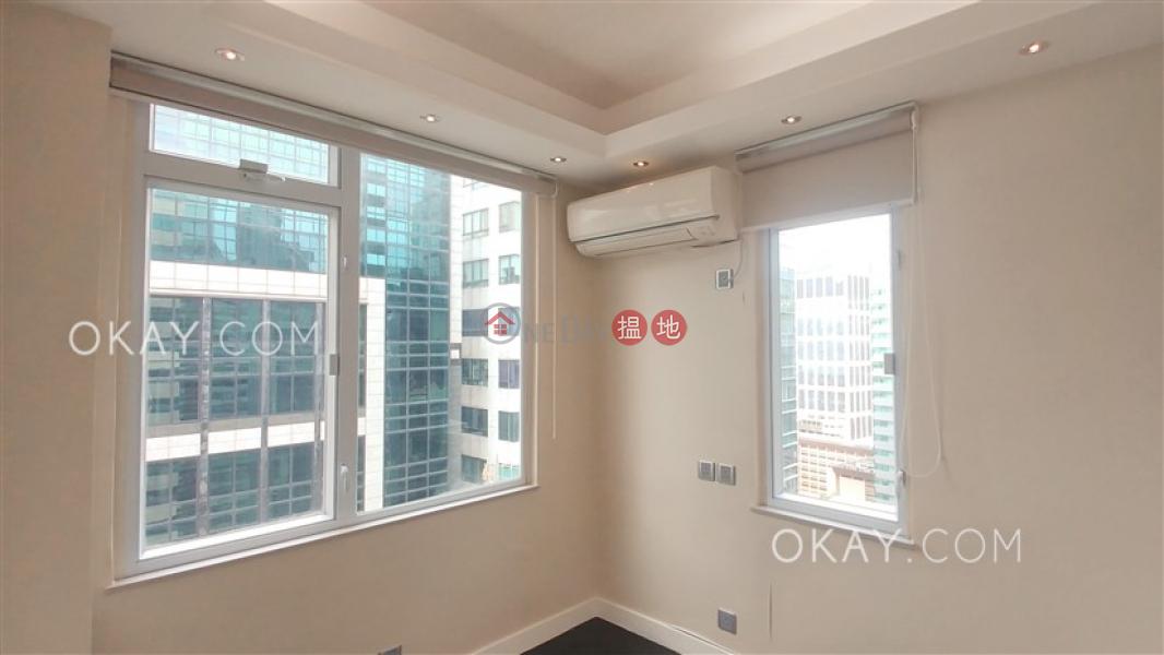2房1廁,極高層《八達大廈出租單位》|八達大廈(Pak Tak Building)出租樓盤 (OKAY-R385321)