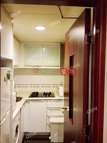 交通方便,名牌校網,核心地段,實用兩房,換樓首選《泓都買賣盤》|38新海旁街 | 西區香港出售-HK$ 1,250萬