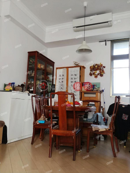 Property Search Hong Kong | OneDay | Residential, Sales Listings | Tower 3 The Woodside | 3 bedroom High Floor Flat for Sale