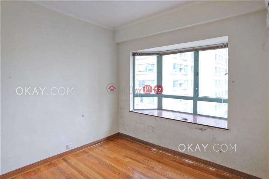 HK$ 40,000/ month | Goldwin Heights Western District Tasteful 3 bedroom on high floor | Rental