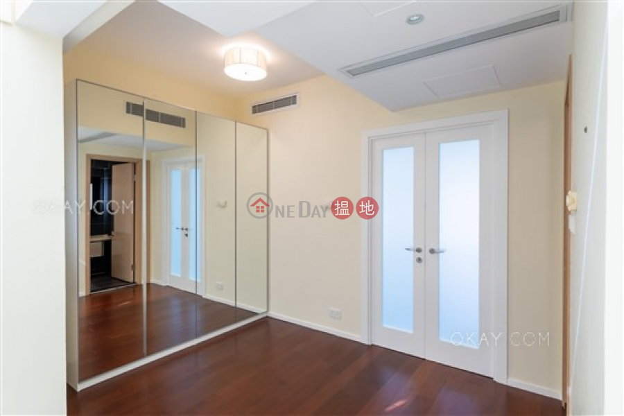 HK$ 158,000/ month | Springfield Gardens, Southern District Gorgeous house with rooftop & parking | Rental