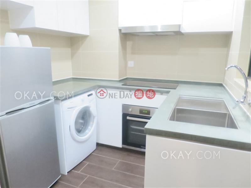 Tasteful 2 bedroom in Mid-levels West | For Sale | 56 Bonham Road 般咸道56號 Sales Listings