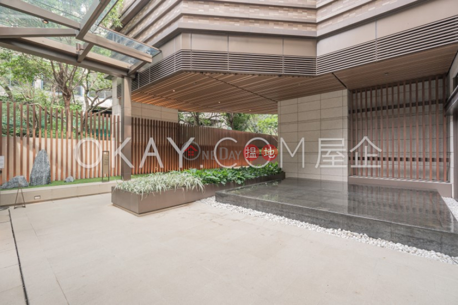 HK$ 9.9M, Island Garden Tower 2 | Eastern District Stylish 2 bedroom in Shau Kei Wan | For Sale