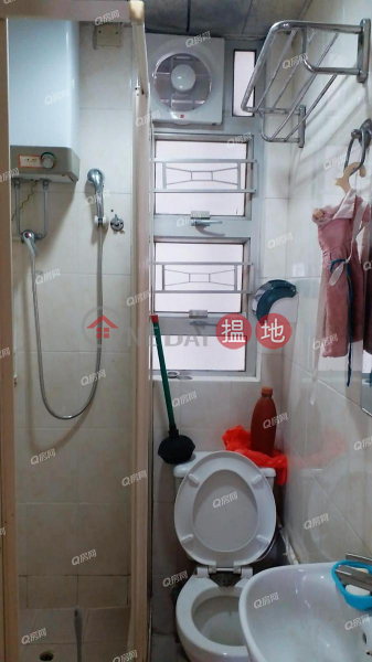 HK$ 17,000/ month Albert House, Southern District | Albert House | 2 bedroom Mid Floor Flat for Rent