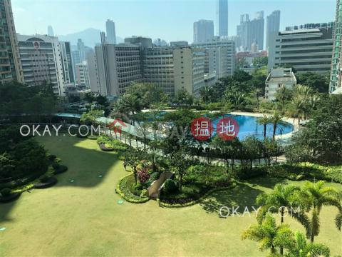 Unique 3 bedroom with balcony   For Sale Yau Tsim MongParc Palais Tower 7(Parc Palais Tower 7)Sales Listings (OKAY-S324311)_0