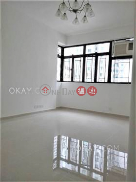Unique 2 bedroom on high floor | Rental, Hing Wah Mansion 興華大廈 Rental Listings | Western District (OKAY-R100028)