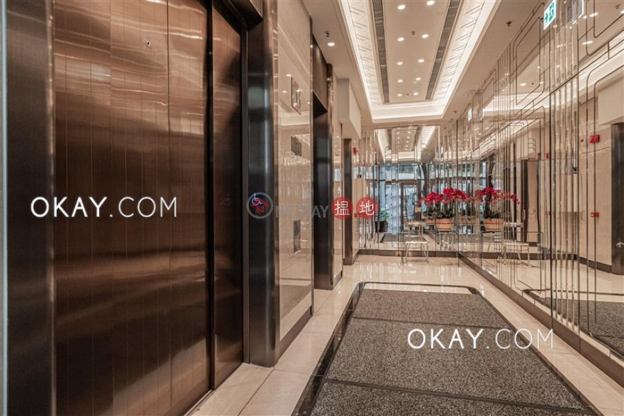 HK$ 124,000/ 月CASTLE ONE BY V-西區 2房2廁,實用率高,極高層,露台《CASTLE ONE BY V出租單位》