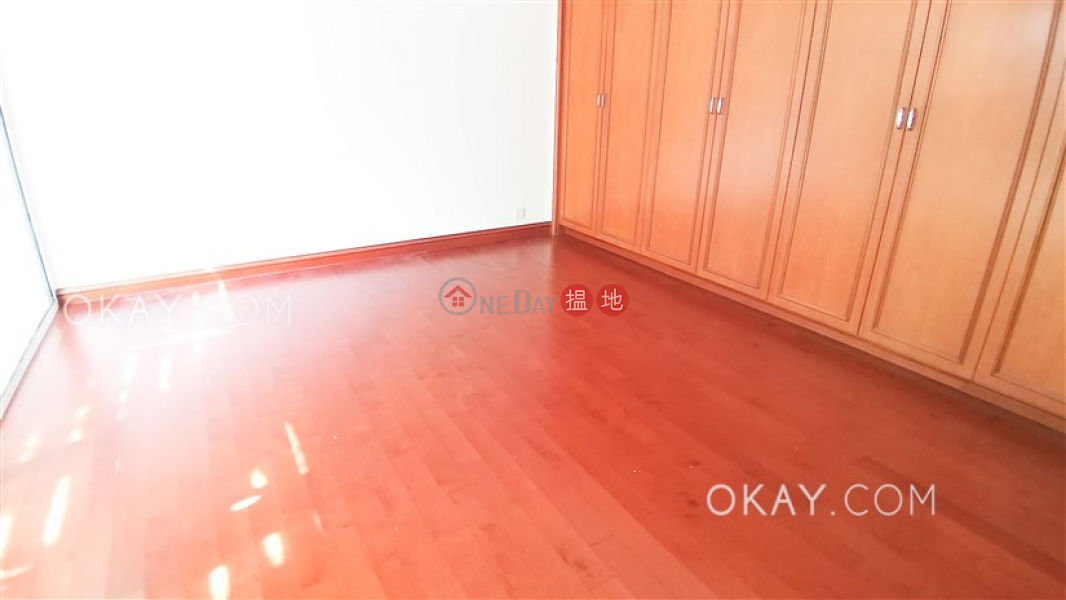 HK$ 45,000/ 月影灣園2座 南區 2房1廁,星級會所,連車位《影灣園2座出租單位》