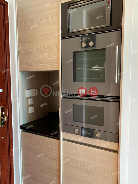HK$ 20,000/ month The Avenue Tower 2, Wan Chai District, The Avenue Tower 2 | Mid Floor Flat for Rent