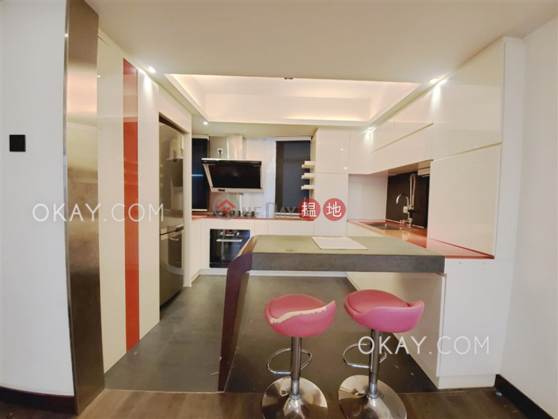 HK$ 28.8M | Holland Garden | Wan Chai District | Beautiful 3 bedroom on high floor with balcony | For Sale