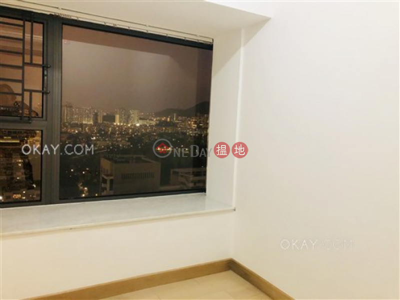 HK$ 29,000/ month, Luxe Metro, Kowloon City | Lovely 3 bedroom on high floor with balcony | Rental