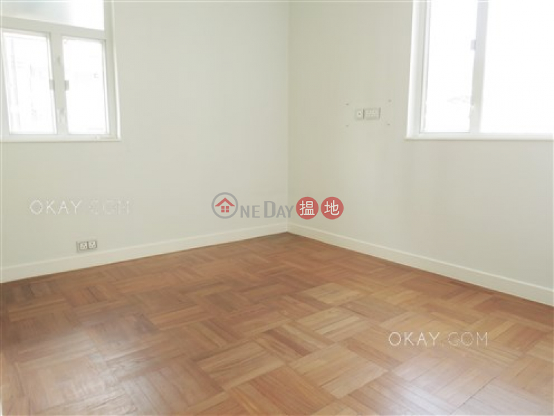 Gorgeous 2 bedroom in Happy Valley   For Sale   Shan Kwong Tower 山光苑 Sales Listings