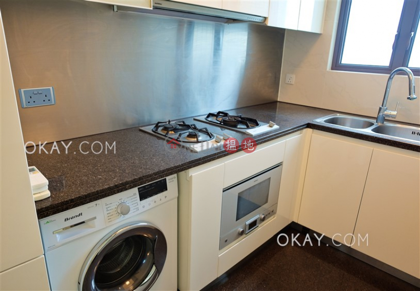 HK$ 33,000/ month The Sail At Victoria | Western District, Charming 2 bedroom on high floor with balcony | Rental