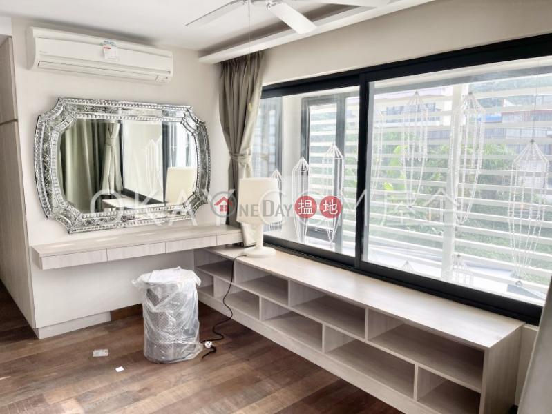 Charming house with sea views, balcony | For Sale | Siu Hang Hau Village House 小坑口村屋 Sales Listings