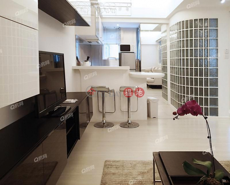 環境優美,實用兩房,全城至抵《太平大廈租盤》|208-214荷李活道 | 中區香港出租HK$ 23,000/ 月