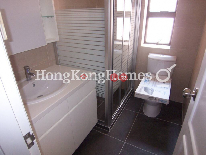 Property Search Hong Kong | OneDay | Residential, Rental Listings | 3 Bedroom Family Unit for Rent at Kui Yuen