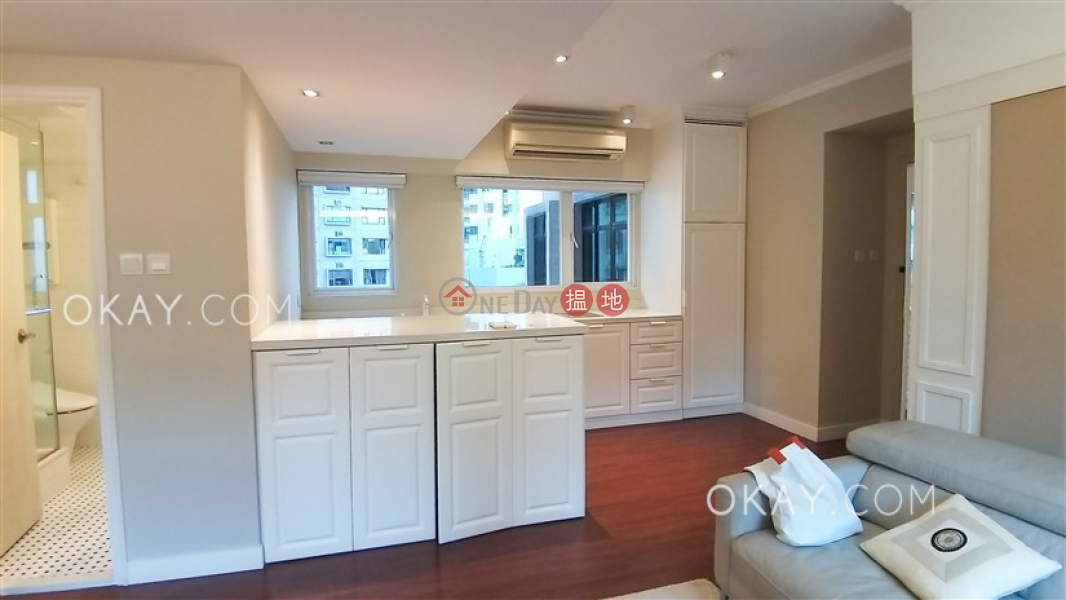 Luxurious 1 bedroom in Mid-levels West | For Sale 1 Seymour Road | Western District Hong Kong, Sales | HK$ 12.95M