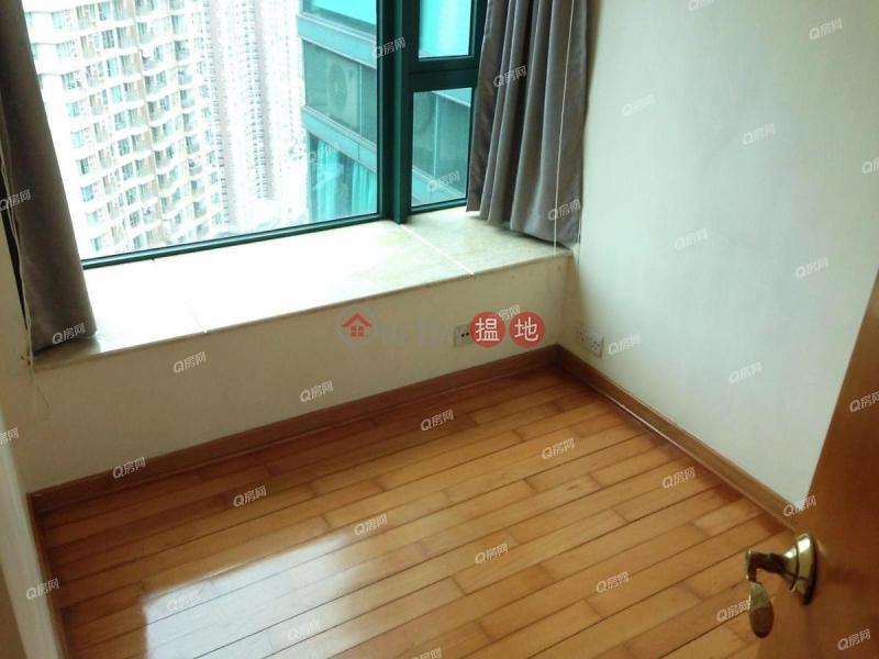 景觀開揚,鄰近地鐵,地段優越,環境清靜,地標名廈《高逸華軒租盤》28新海旁街 | 西區香港出租HK$ 27,500/ 月