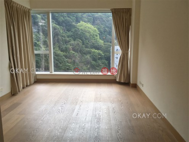 Gorgeous 3 bedroom on high floor with balcony & parking | Rental | The Altitude 紀雲峰 Rental Listings