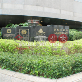 1 Bed Flat for Sale in Wan Chai|Wan Chai DistrictConvention Plaza(Convention Plaza)Sales Listings (EVHK40784)_3