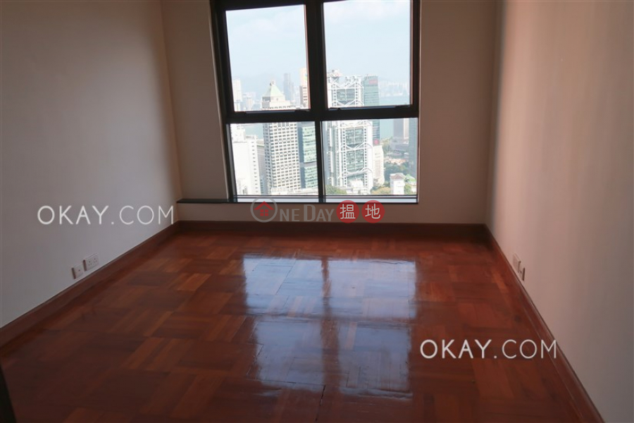 HK$ 95,000/ month, 2 Old Peak Road Central District Luxurious 3 bedroom with harbour views, balcony | Rental