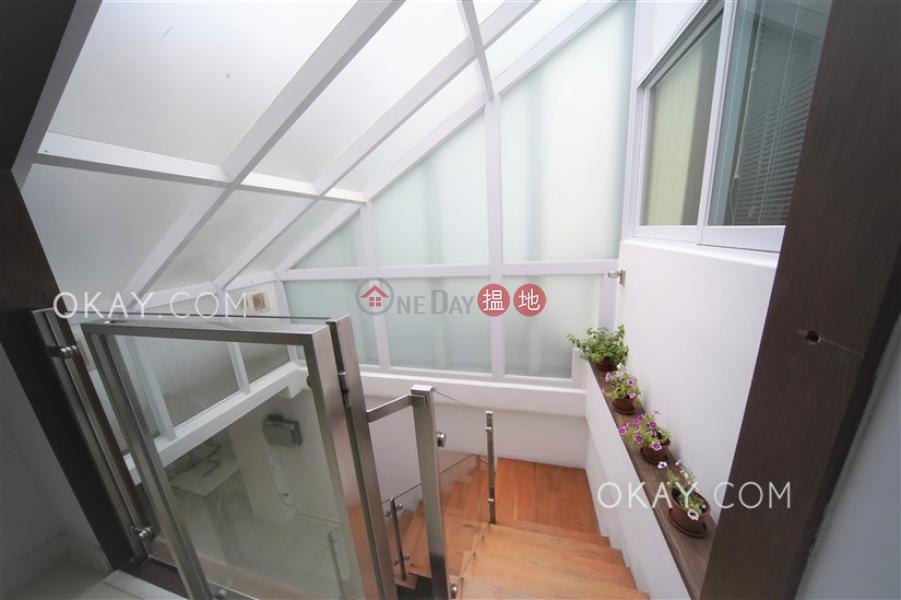 4房2廁,連車位,獨立屋《華富花園出售單位》 7銀巒路   西貢-香港-出售 HK$ 2,680萬